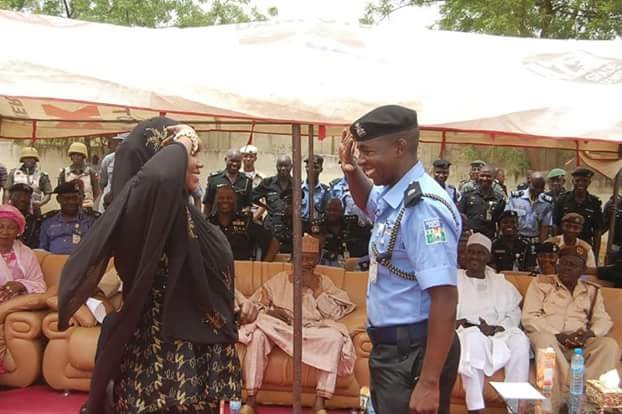 "Newly promoted senior Police officer salutes his wife, ""the Chief Superintendent za ozza room"". See Photos…"