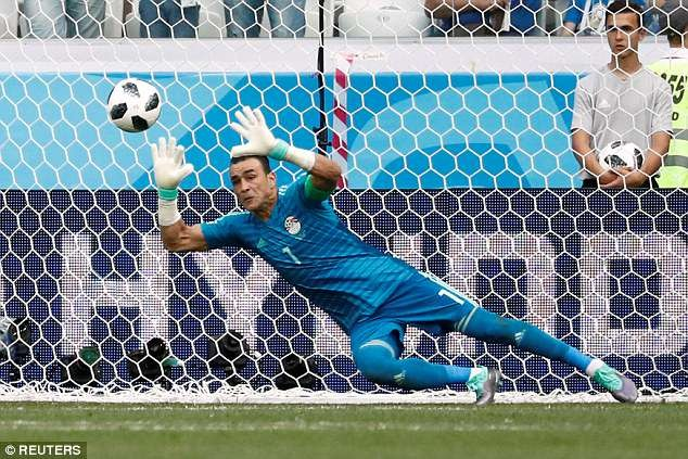Egypt goalkeeper becomes oldest ever player in World Cup history at 45