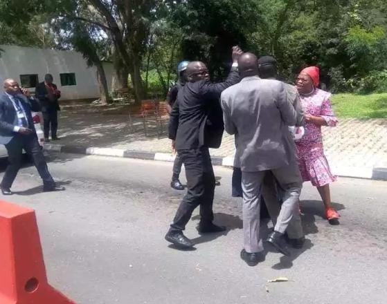 Security operatives assault Oby  Ezekwesili at Aso Rock gate(photos)