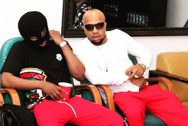 Charles Okocha and his hypeman fight off SARS officers who