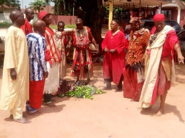 Photos: Leaders of communities in Edo State place a curse on native doctors, human traffickers