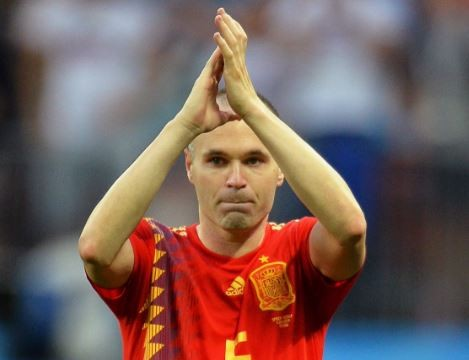 Andres Iniesta confirms?retirement from International football following Spain