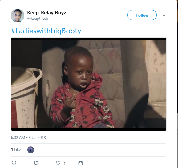 South African ladies take over Twitter with #LadiesWithBooty and a guy also took part in the trend (Photos)