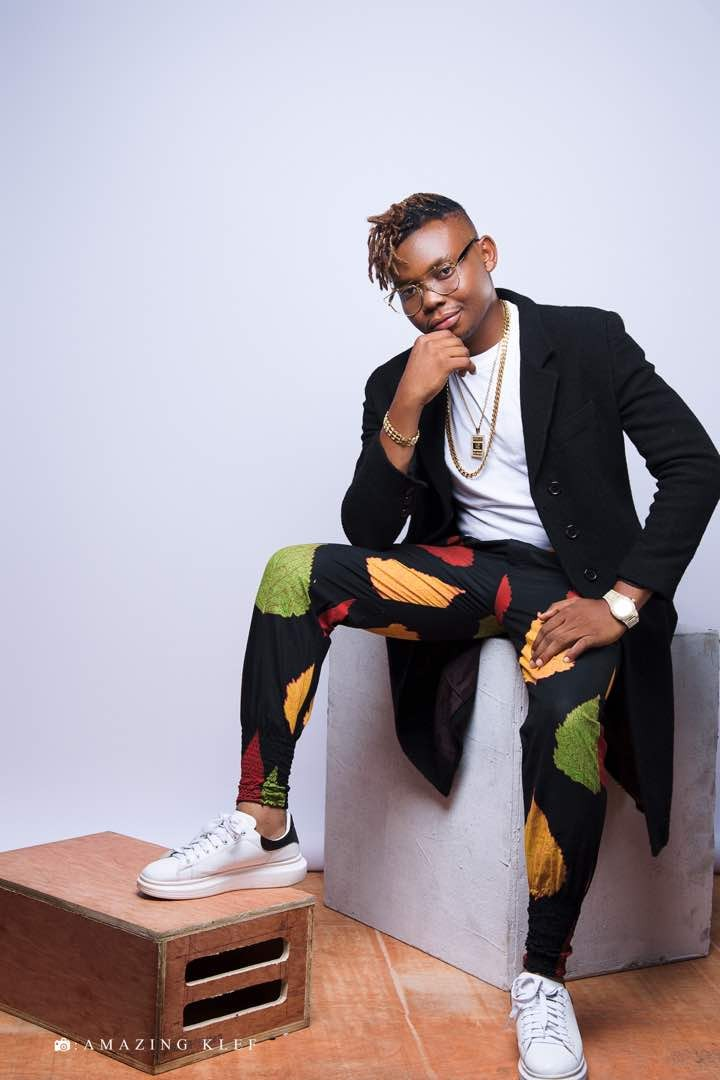 Olakira, Nigerian talented music star signed to U&I Music, emerges with new mind-blowing songs and lyric videos