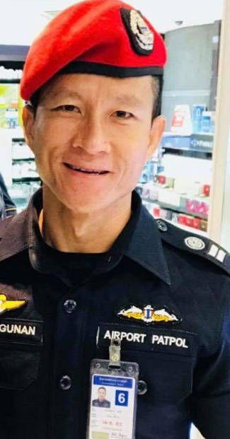 Navy SEAL dies while delivering supplies to the Thai soccer players trapped in cave