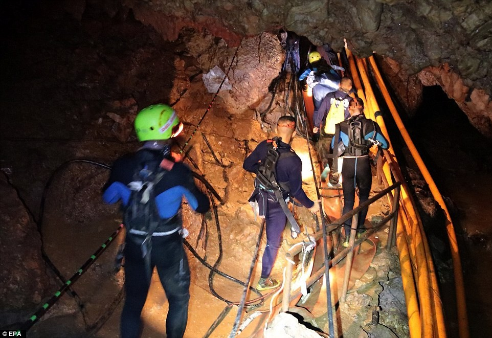Update: Six members of Thai soccer team are out of the cave, six others and their coach to be rescued tomorrow (Photos/Video)