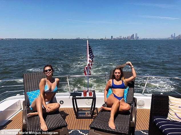 Unbothered Selena Gomez is all smiles as she enjoys a boat trip amid Justin Bieber engagement news to Hailey Baldwin (Photos)