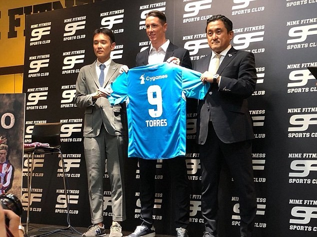 Ex-Liverpool and Chelsea striker, Fernando Torres signs for Japan