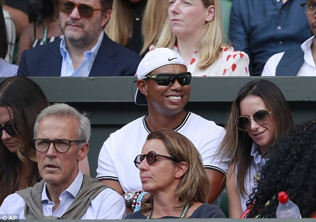 Serena Williams loses to Angelique Kerber in Wimbledon women