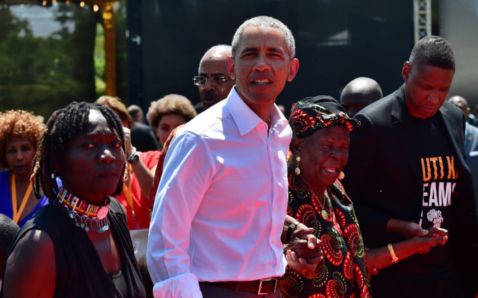Obama visits Kenyan home to launch youth centre