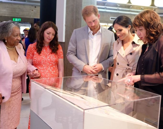 Prince Harry and Meghan Markle?attend  the Nelson Mandela exhibition in London (Photos)