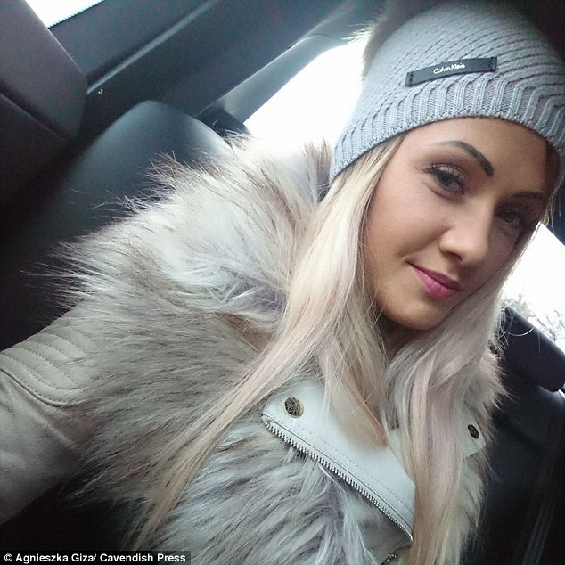 23-year-old Beautician hanged herself in front of her daughter after an argument with her partner about him going on a ?boys? night out (Photos)
