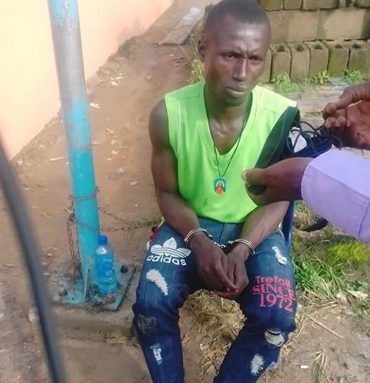"Notorious criminal ""Ferekemebaghe"" nabbed in Bayelsa after attacking a man with hand saw (photos)"