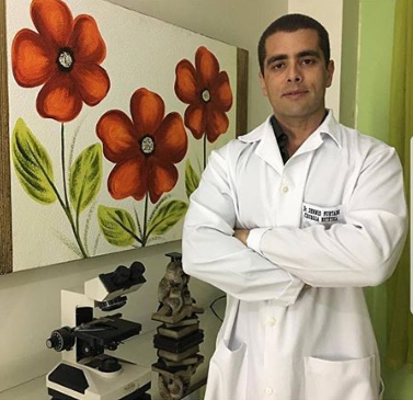 """Celebrity Doctor, """"Doctor bumbum"""", arrested after one of his patients passed away after receiving butt injections"""