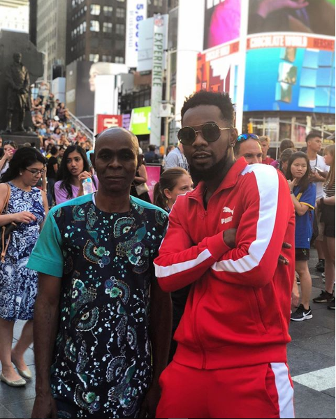 Patoranking shares a rare photo with his dad as they holiday in New York?
