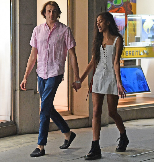 Malia Obama spotted in Mayfair London with her White boyfriend as he smokes a cigarette