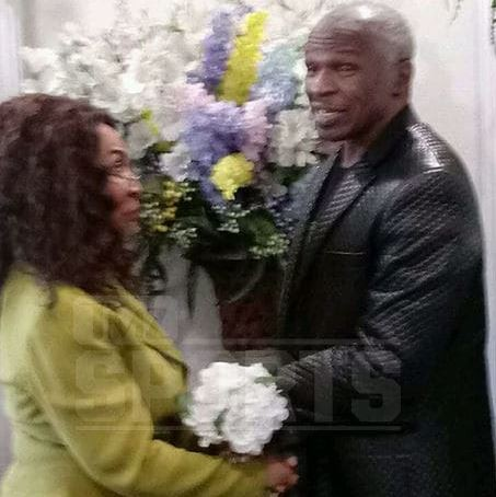 Photos from Floyd Mayweather's dad's secret wedding in Las Vegas surfaces online