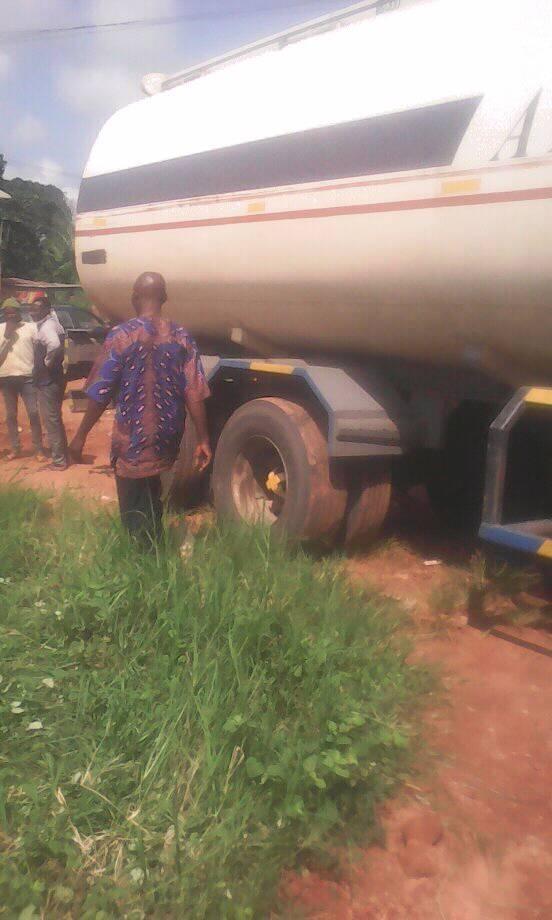 Photos: Petrol tanker loses control, rams into school in Edo
