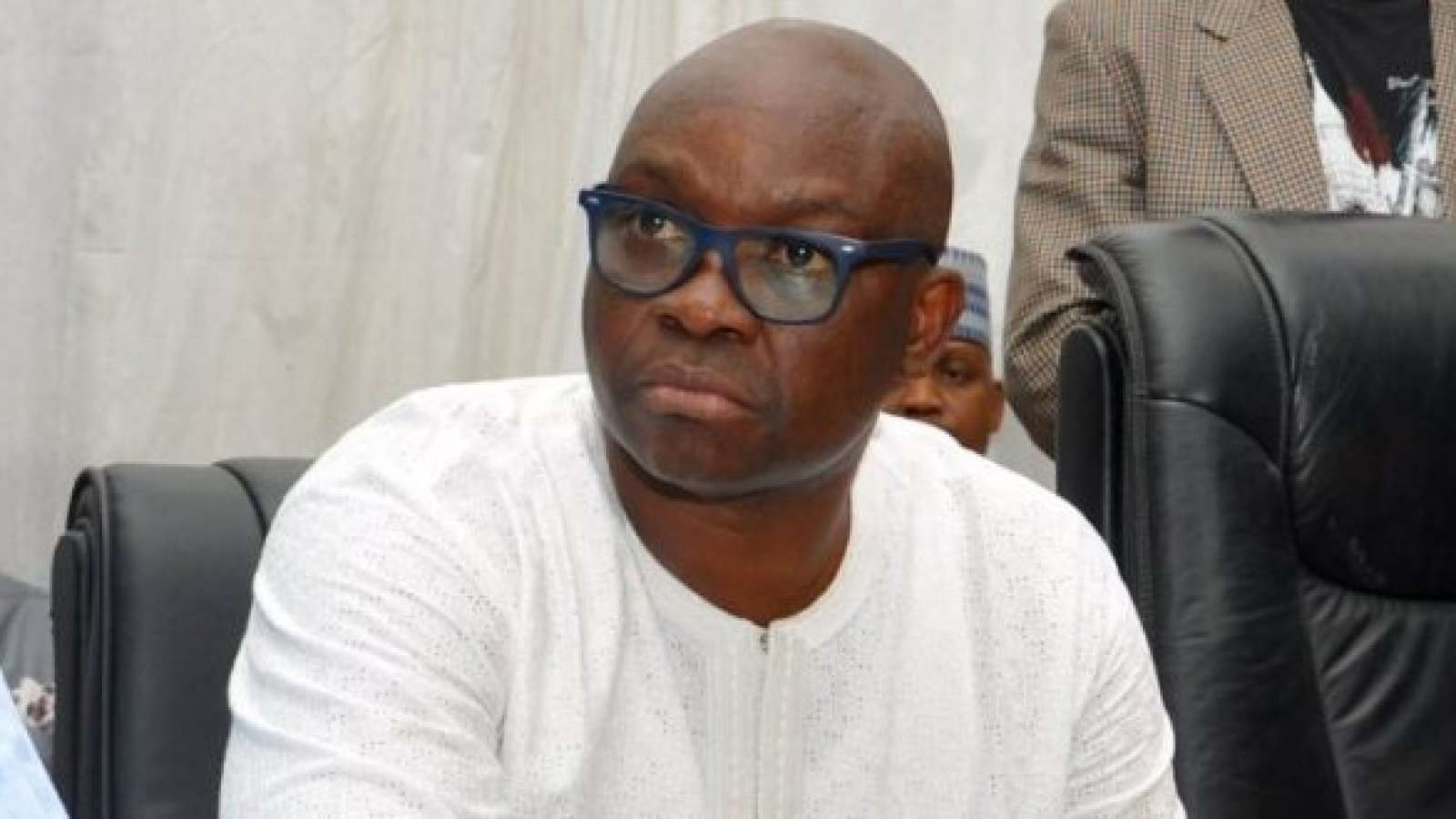 fayose, 'Linking me with APC is like associating me with armed robbers' Gov. Fayose denies plans to defect to ruling party