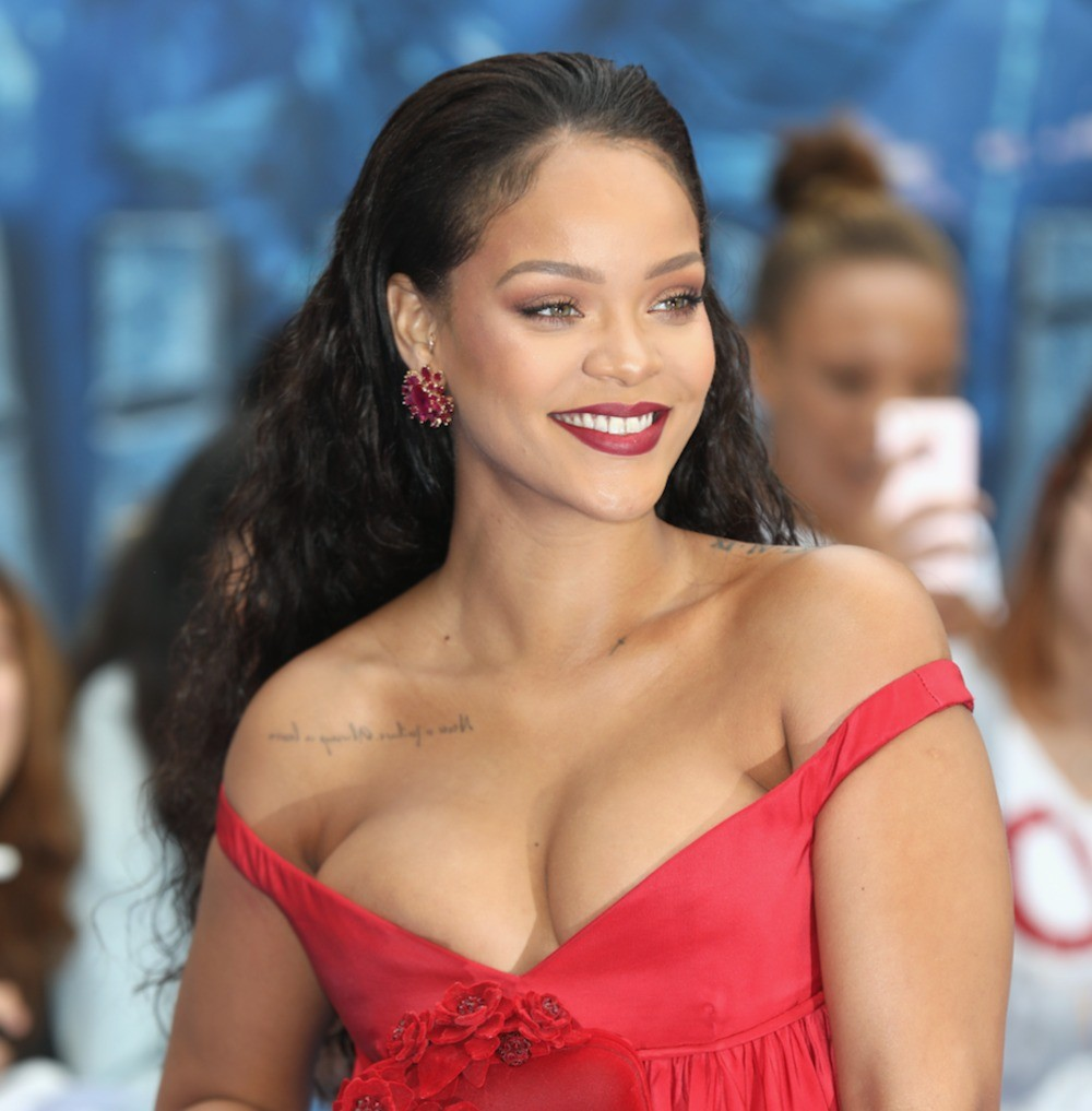 Rihanna to receive an honorary degree from the University of the West Indies?
