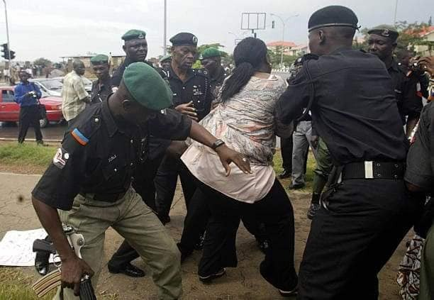 See throwback photos of fearless female lawmaker,?Boma Goodhead confronting more than a dozen Police officers in 2005