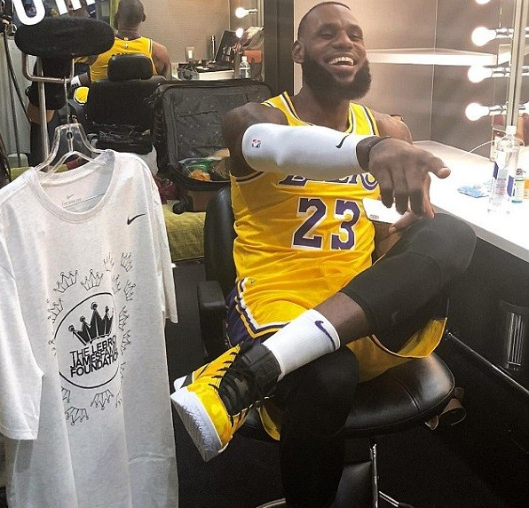 LeBron James pictured in LA Lakers uniform for the first time ahead of new season in California (Photos)