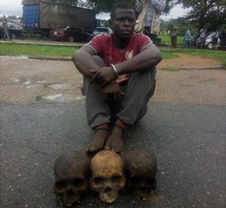 Photo: 27-year old man arrested with three human skulls in Ibadan