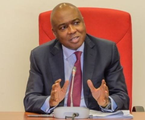 BREAKING !!!:  I call on Mr. President to immediately institute a judicial panel of inquiry to the DSS siege of the National Assembly – Bukola Saraki