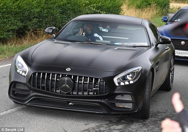 Manchester United striker Romelu Lukaku splashes ?102,000 on new Mercedes AMG-GT Coup whip (Photos)