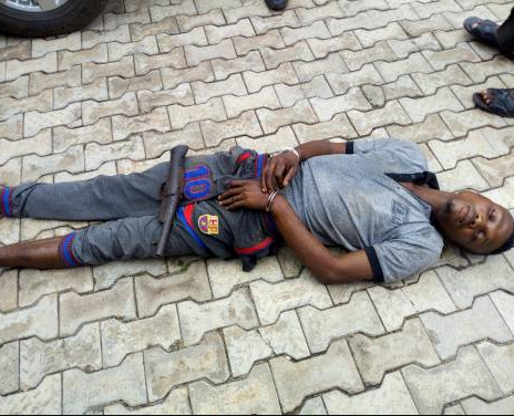 SHOCKING !!!:  Nigerians react after suspected kidnapper who allegedly took Tramadol and slept off at scene of the crime, dies