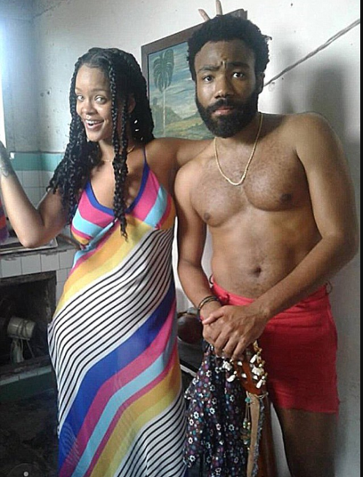 See the photo of Rihanna and shirtless Donald Glover everyone is talking about online.