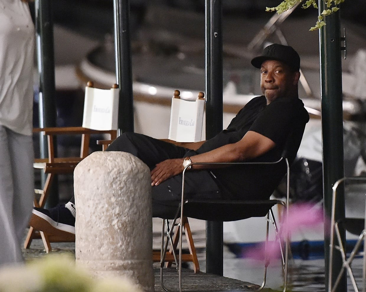 Denzel Washington photographed with his wife and daughter on holiday in Portofino