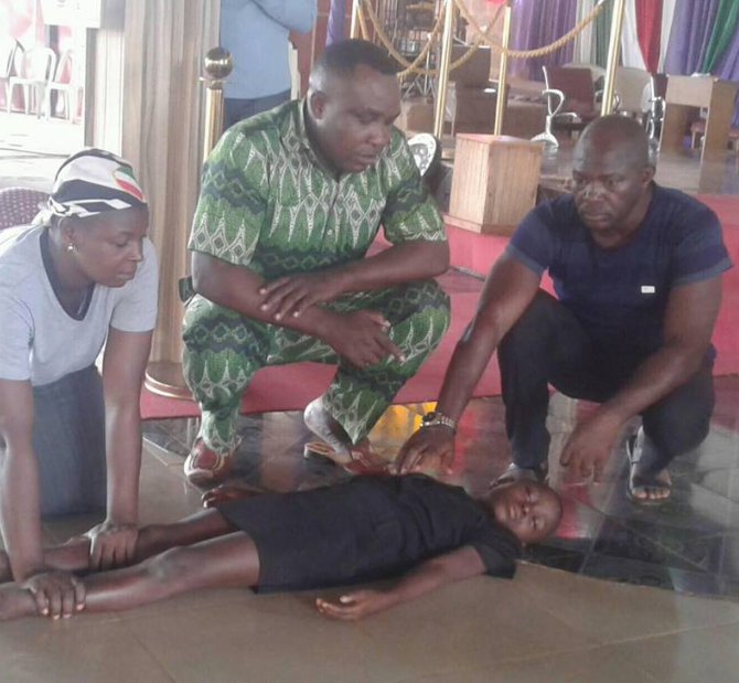 Dead girl allegedly brought back to life by controversial evangelist in Ebonyi State (photos)
