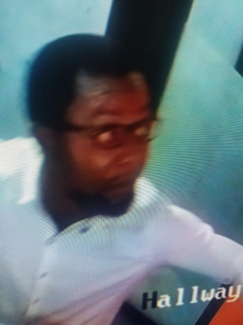 Photos/Video: Guest caught on camera stealing Macbook pro at City FM Lagos
