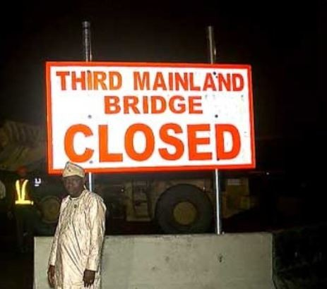 Lagosians react to the temporary closure of Third Mainland Bridge with hilarious tweets and memes