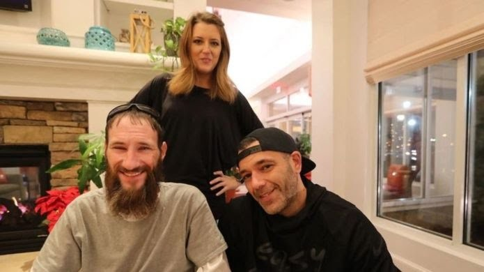 Homeless man sues couple who raised $400k to help him