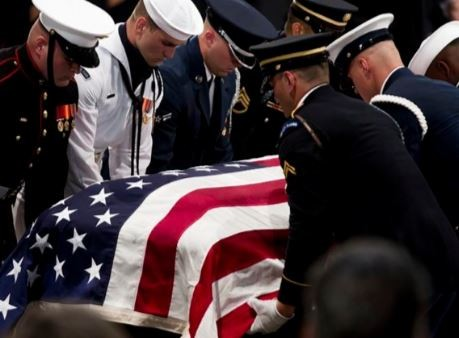 Photos: US?Senator John McCain finally laid to rest
