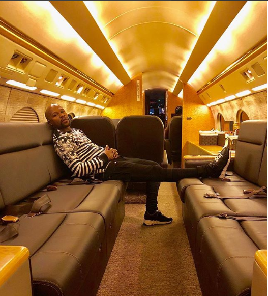 Floyd Mayweather explains why he is arrogant and loves to live a flamboyant lifestyle?