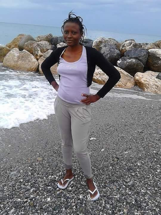 Photos: 23-year-old African lady runs mad in Italy
