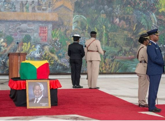 Ghanaians bid?farewell to Kofi Annan during a public lying-in-state ceremony (Photos)