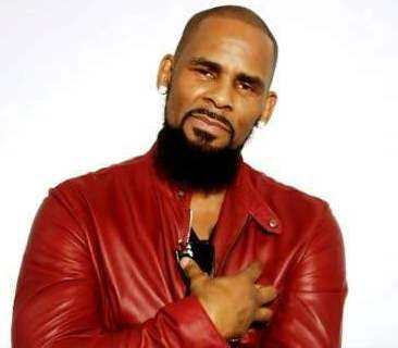 R Kelly accused of impregnating his 14 year old cousin