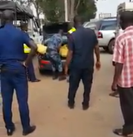 Nigerian arrested in Ghana after a dead woman was found in car boot (video)