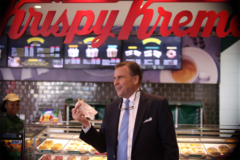 The US Ambassador takes a tour at Krispy Kreme