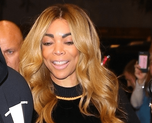Wendy Williams steps out in New York holding hands with her husband (photos)