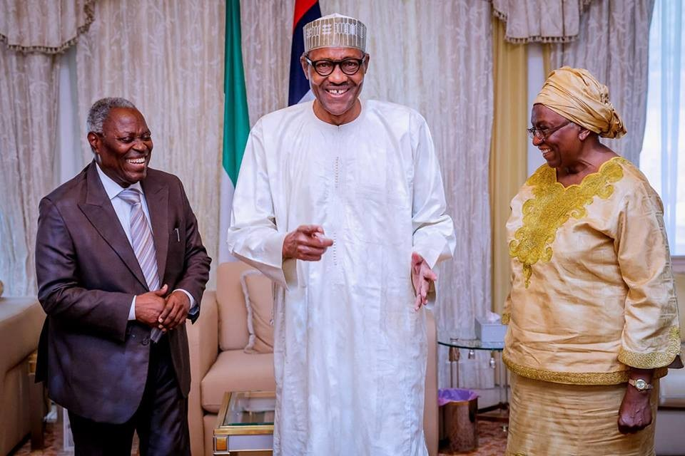 Photos: President Buhari hosts Pastor Kumuyi and his wife at the state house