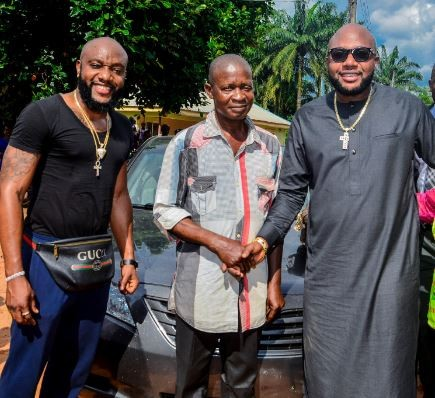 Kcee and E-money give out motorbikes and a car to youths in their hometown (Photos)