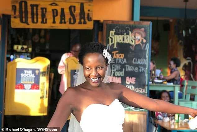Lady who was sick of being asked when she was getting married ties the knot with herself in front of 30 guests (Photos)
