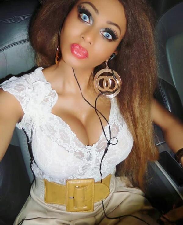 stunning nigerian shemale