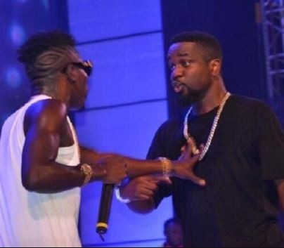 New Beef:?Sarkodie drags the heck out of Shatta Wale in new diss song,?calls him a