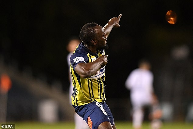 Usain Bolt scores first two goals in professional football?(Videos)